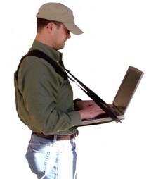 С ноутбуком по жизни шагаю