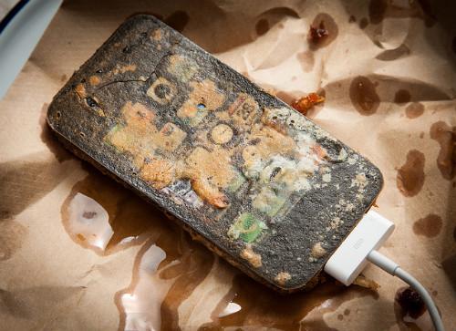 Запеченный айфон и хорошо прожаренные гаджеты