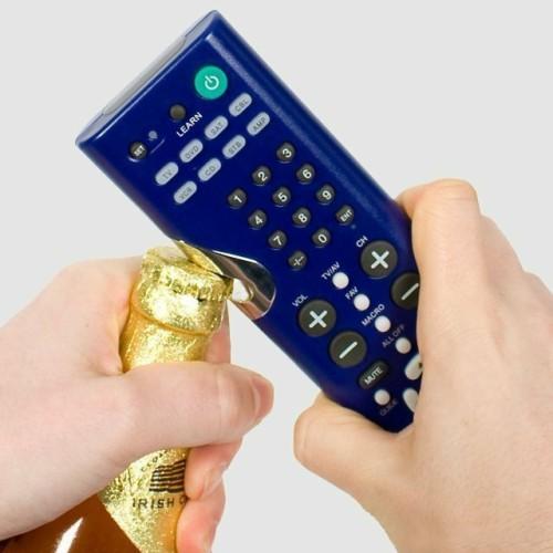 Универсальный пульт управления с открывашкой для бутылок