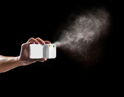 Айфон со встроенным газовым баллончиком